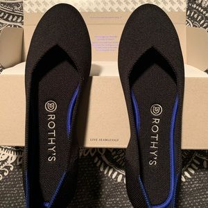 Rothy's flat shoe